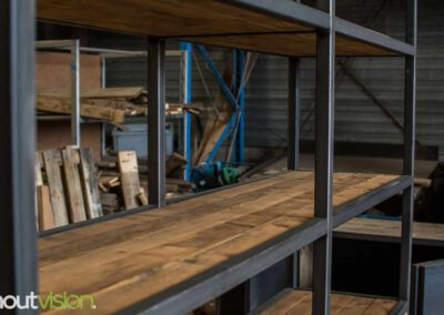 houtvision-sloophout-maatwerk-meubelen-op-maat-grote-xl-kast-duurzaam-plato-hout-mangohout-look-a-like-staal-stalen-frame-industrieel-7
