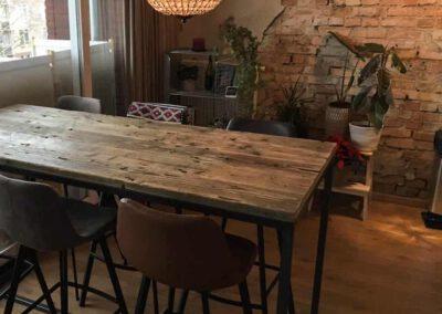 houtvision-sloophout-maatwerk-meubelen-op-maat-industrieel-bartafel-statafel-keuken-hoge-tafel-tribunehout-wagondelen-geleefd-pa