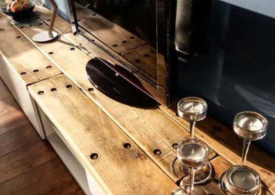 houtvision-sloophout-maatwerk-meubelen-op-maat-industrieel-douwe-egberts-planken-hardhout-wagondelen-robuust-losse-verkoop-zelf-uitzoeken-1