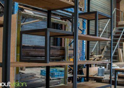 houtvision-sloophout-maatwerk-meubelen-op-maat-industrieel-kast-modulaire-vakken-planken-deuren-opbergen-staal-stalen-frame-3