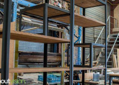 houtvision-sloophout-maatwerk-meubelen-op-maat-industrieel-kast-modulaire-vakken-planken-deuren-opbergen-staal-stalen-frame-4