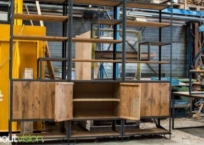 houtvision-sloophout-maatwerk-meubelen-op-maat-industrieel-kast-modulaire-vakken-planken-deuren-opbergen-staal-stalen-frame-5