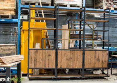 houtvision-sloophout-maatwerk-meubelen-op-maat-industrieel-kast-modulaire-vakken-planken-deuren-opbergen-staal-stalen-frame-7
