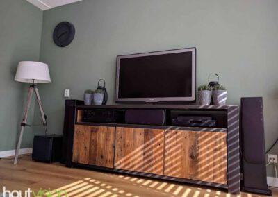 houtvision-sloophout-maatwerk-meubelen-op-maat-industrieel-oud-gebruikt-hout-pallethout-stalen-frame-stoer-uniek-kast-dressoir-tv-meubel-universeel-2