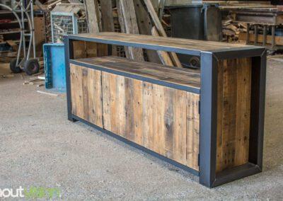 houtvision-sloophout-maatwerk-meubelen-op-maat-industrieel-oud-gebruikt-hout-pallethout-stalen-frame-stoer-uniek-kast-dressoir-tv-meubel-universeel-3