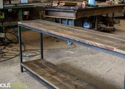 houtvision-sloophout-maatwerk-meubelen-op-maat-industrieel-sidetable-staal-stalen-frame-onderstel-industriehout-oud-gebruikt-hout-1