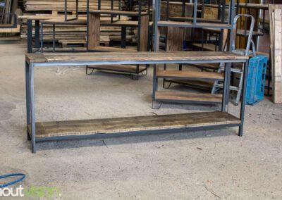 houtvision-sloophout-maatwerk-meubelen-op-maat-industrieel-sidetable-staal-stalen-frame-onderstel-industriehout-oud-gebruikt-hout-2