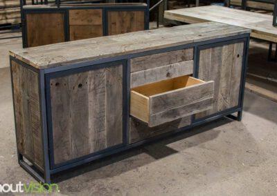 houtvision-sloophout-maatwerk-meubelen-op-maat-industriehout-industrieel-lade-kast-staal-dressoir-1