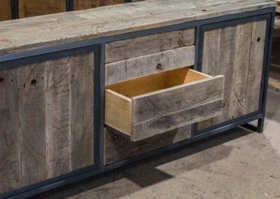 houtvision-sloophout-maatwerk-meubelen-op-maat-industriehout-industrieel-lade-kast-staal-dressoir-productafbeelding