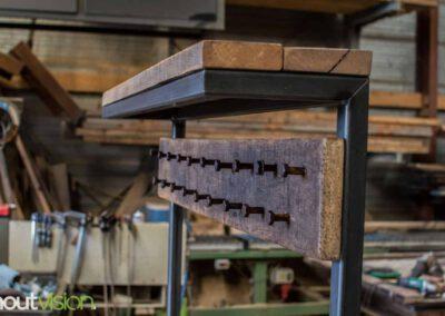 houtvision-sloophout-maatwerk-meubelen-op-maat-kapstok-hal-gang-bank-jassen-slotbouten-oud-hout-gebruikt-staal-stalen-frame-industrieel-1