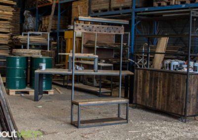 houtvision-sloophout-maatwerk-meubelen-op-maat-kapstok-hal-gang-bank-jassen-slotbouten-oud-hout-gebruikt-staal-stalen-frame-industrieel-2