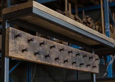 houtvision-sloophout-maatwerk-meubelen-op-maat-kapstok-hal-gang-bank-slotbouten-staal-stalen-frame-industriehout-pa