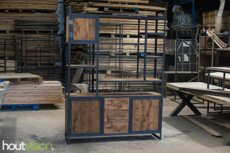 Industriële vakken kast met plato hout sloophout mangohout look-a-like stalen hoekprofiel