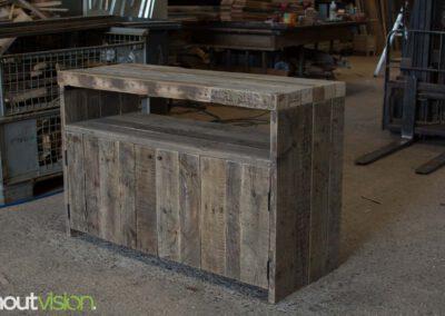 houtvision-sloophout-maatwerk-meubelen-op-maat-oud-gebruikt-hout-industrieel-industriehout-balken-oude-haven-2