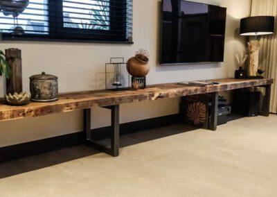 houtvision-sloophout-maatwerk-oude-haven-balken-tv-meubel-staal-frame-xl-productafbeelding