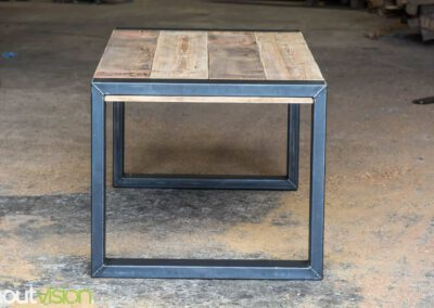 houtvision-sloophout-maatwerk-tafels-industrieel-eettafel-gebruikt-hout-balken-oude-kaaspakhuis-stalen-staal-onderframe-onderstel-tafelpoot-frame-dichte-8