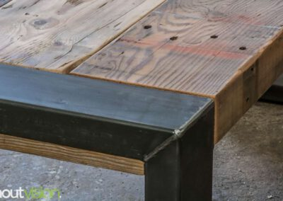 houtvision-sloophout-maatwerk-tafels-industrieel-eettafel-gebruikt-hout-balken-oude-kaaspakhuis-stalen-staal-onderframe-onderstel-tafelpoot-frame-dichte-9