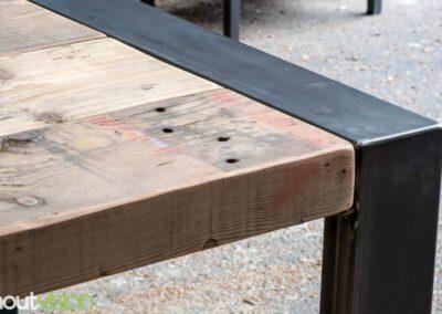 houtvision-sloophout-maatwerk-tafels-industrieel-eettafel-gebruikt-hout-balken-oude-kaaspakhuis-stalen-staal-onderframe-onderstel-tafelpoot-frame-dichte-u-1-3