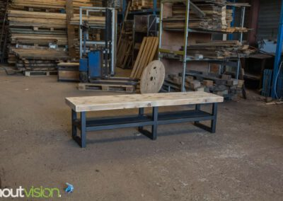 houtvision-sloophout-maatwerk-tv-meubel-staal-zwart-balkenhout-oud-gebruikt-hout-industrieel-3