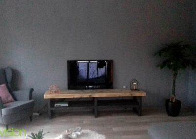 houtvision-sloophout-maatwerk-tv-meubel-staal-zwart-balkenhout-oud-gebruikt-hout-industrieel