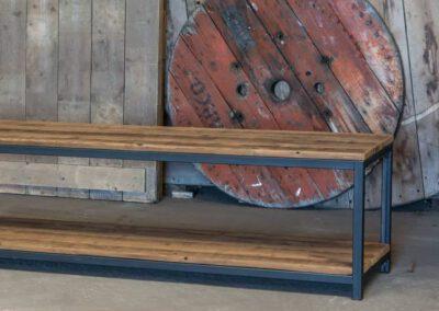 houtvision-sloophout-maatwerk-tvmeubel-dressoir-industrieel-plato-hout-robuust-roodbruin-duurzaam-milieuvriendelijk-productafbeelding