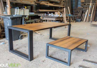 houtvision-sloophout-meubelen-op-maat-maatwerk-meerpalen-planken-eettafel-salontafel-staal-5-12-hardhout-groenhart-tropisch
