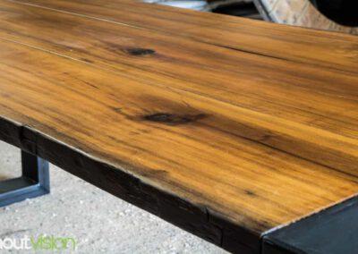 houtvision-sloophout-meubelen-op-maat-maatwerk-salontafel-meerpalen-planken-tafel-staal-5-12-hardhout-groenhart-tropisch-4