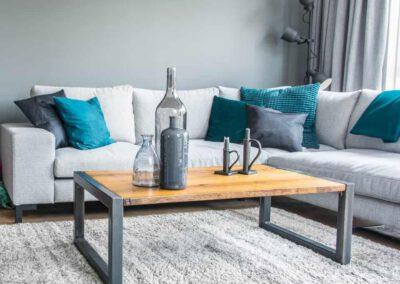 houtvision-sloophout-meubelen-op-maat-maatwerk-salontafel-meerpalen-planken-tafel-staal-5-12-hardhout-groenhart-tropisch-pa