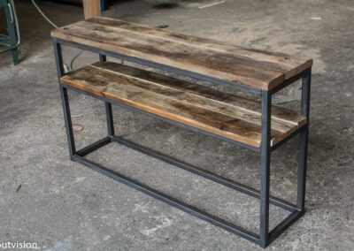 houtvision-sloophout-side-table-industrieel-staal-koker-industrie-hout