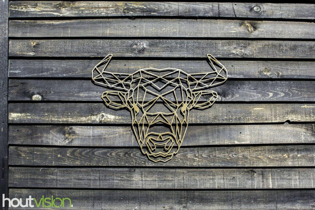 geometrische stier staal