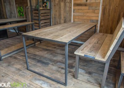 houtvision-sloophout-steigerhout-bank-staal-5x5-oud-eettafel-tafel-maatwerk-1