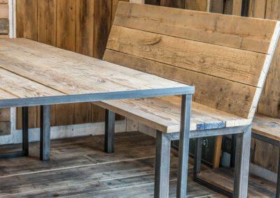 houtvision-sloophout-steigerhout-bank-staal-5x5-oud-eettafel-tafel-maatwerk-productafbeelding