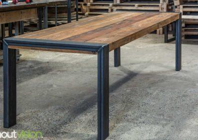 houtvision-sloophout-steigerhout-kaas-pakhuis-balken-eettafel-tafel-salontafel-staal-5x12-maatwerk-2