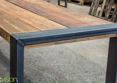 houtvision-sloophout-steigerhout-kaas-pakhuis-balken-eettafel-tafel-salontafel-staal-5x12-maatwerk-3