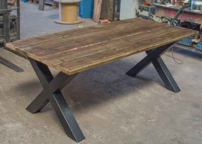 houtvision-sloophout-tafel-x-poot-industrie