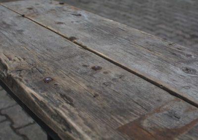 houtvision-sloophout-tribune-hout-planken-side-table-sidetable-geleefd-wagondelen-2