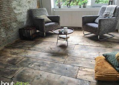 houtvision-sloophout-vloer-kaasplanken-oude-woonkamer-lamp-steigerhout-3