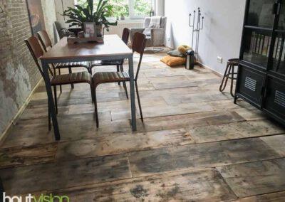 houtvision-sloophout-vloer-kaasplanken-oude-woonkamer-lamp-steigerhout-4