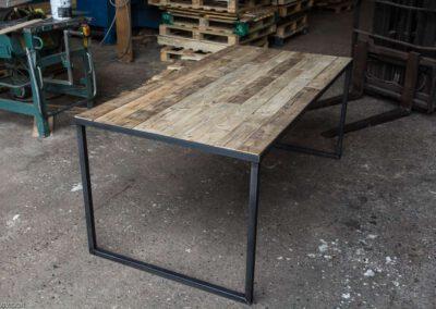 houtvision.sloophout-palletplanken-tafel-staal