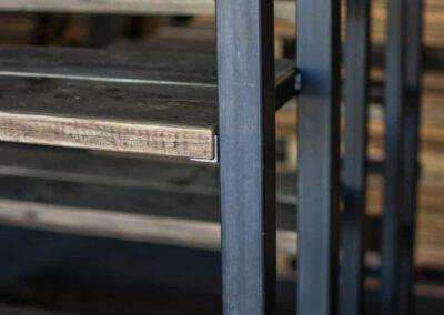 sloophout-houtvision-5x5-staal-kasten-kast-industrieel-industrie-beurs-beddrijven-tribune-planken-oud-hout-3