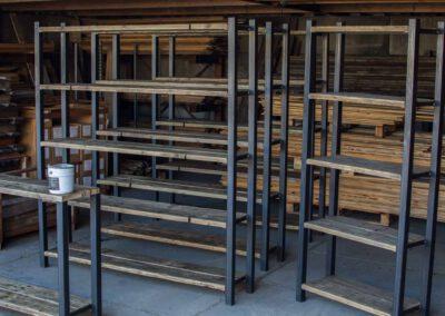 sloophout-houtvision-5x5-staal-kasten-kast-industrieel-industrie-beurs-beddrijven-tribune-planken-oud-hout-4