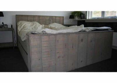 vurenhout-bed