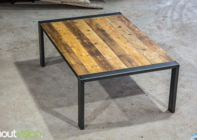 Houtvision-maatwerk-sloophout-industriële-meubelen-op-maat-gebruikt-hout-staal-bureau-werkplek-tafel-steigerhout-stalen-frame (2)
