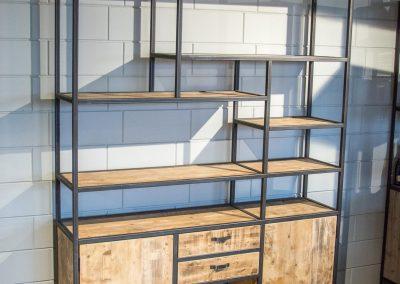 Houtvision-maatwerk-sloophout-industriële-meubelen-op-maat-gebruikt-hout-staal-kast-jeff-wandmeubel-laden-push-to-open-deuren-stalen-frame-vakken (2)