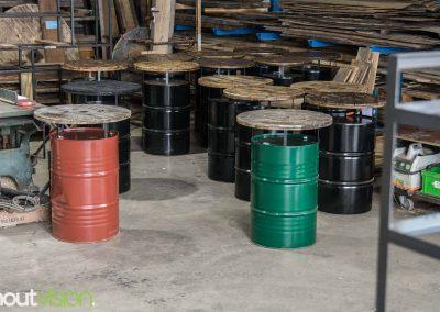 Houtvision-sloophout-industrieel-statafel-olievat-rond-blad-kabelhaspel-schijf-gebruikt-horeca-barkruk-evenementen-terras-binnen-buiten-bartafel-2