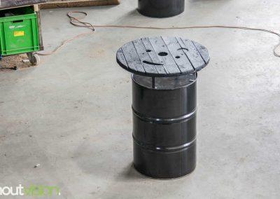 Houtvision-sloophout-industrieel-statafel-olievat-rond-blad-kabelhaspel-schijf-gebruikt-horeca-barkruk-evenementen-terras-binnen-buiten-bartafel-3
