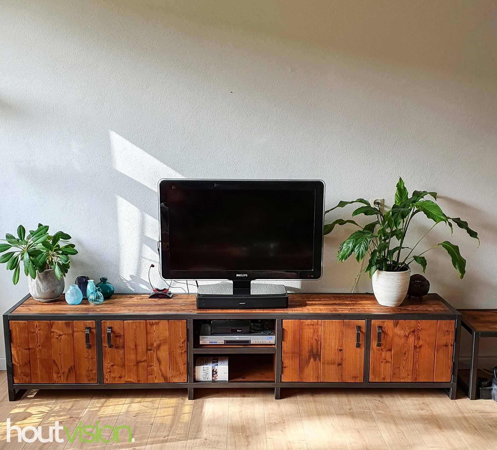 tv-meubel roodbruin plato