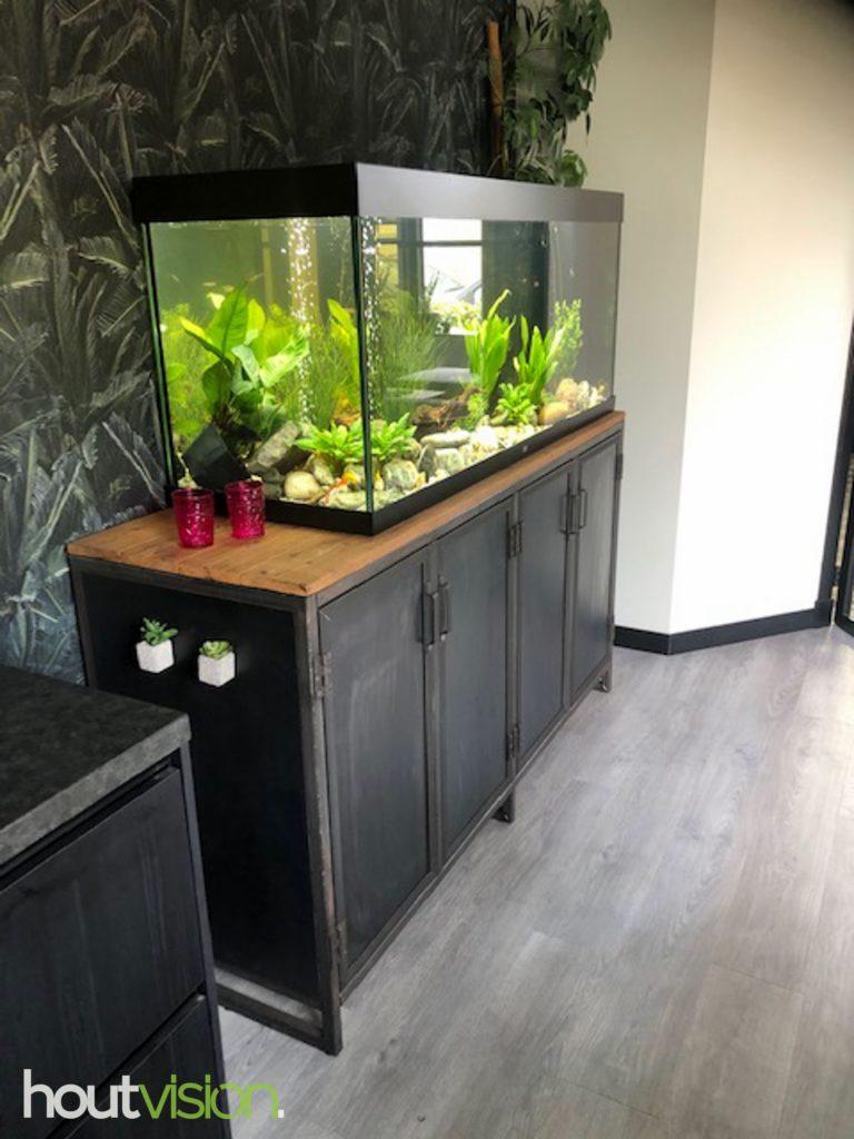 lage kast aquarium