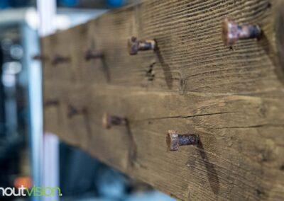 Houtvision-meubels-op-maat-hout-staal-maatwerk-sloophout-kapstok-industriële-klep-gangkast-hal-bank-steigerhout-bruin-bouten (2)