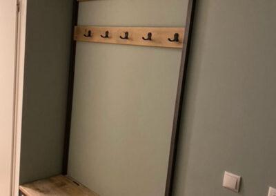 Houtvision-meubels-op-maat-hout-staal-maatwerk-sloophout-kapstok-industriële-oude-kaasplanken-klep-gangkast-hal-bank-alinda